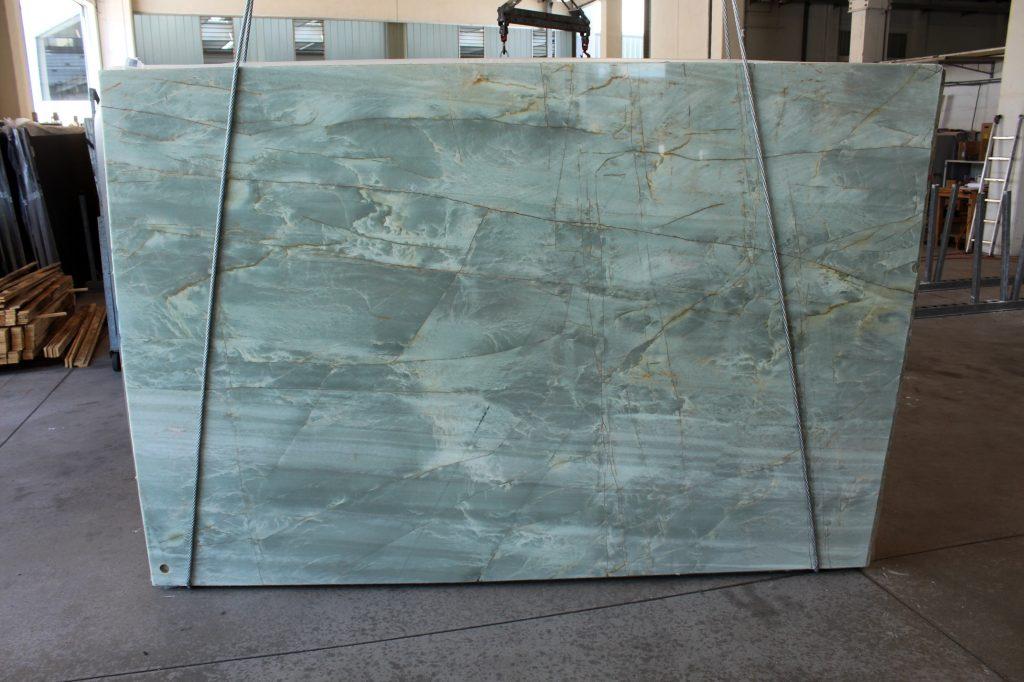 0152-16 emerald quarzite